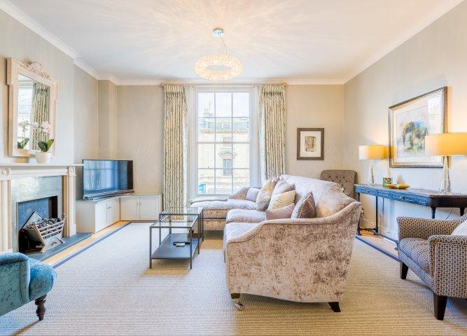 10 Royal Parade Mews Serviced Apartment