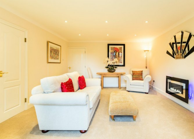 3 Chelsea Square Serviced Apartment